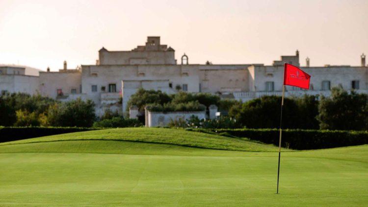 La Pouilles est en concurrence avec les destinations de golf européennes